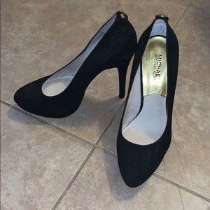 Michael Kors black platform heel